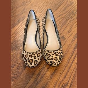 Leopard Print Banana Republic Pumps Size 6